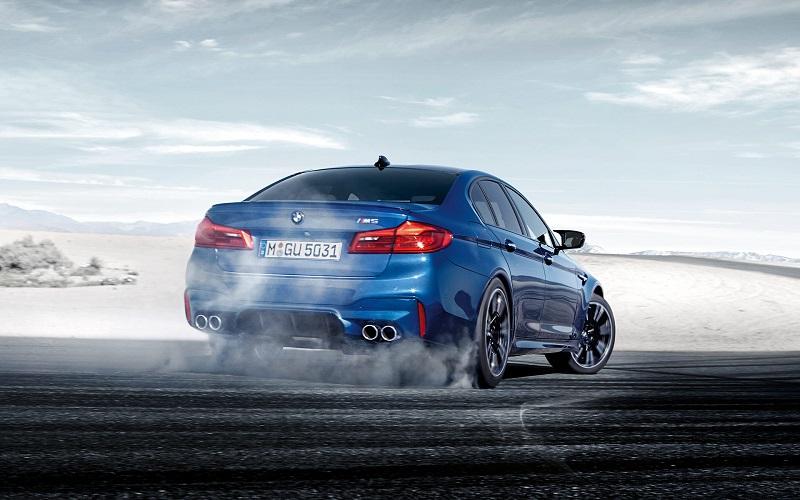 2018-BMW-M5-2