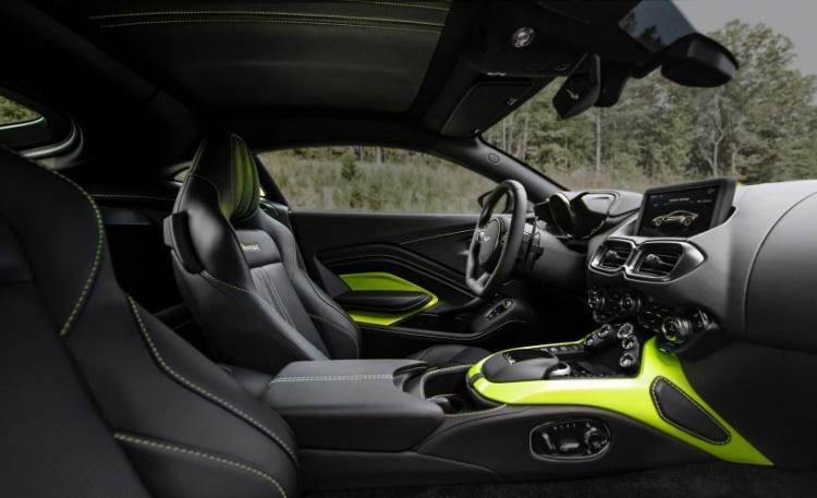Aston-Martin-Vantage-7