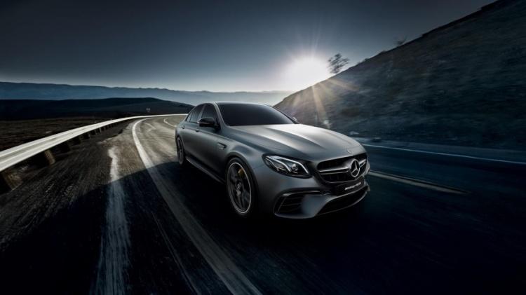 Mercedes-AMG-E-63-S-4Matic-Plus-4