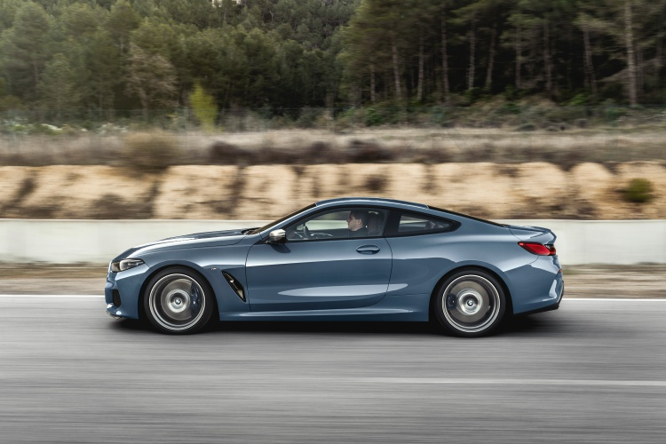BMW-8-Series-5
