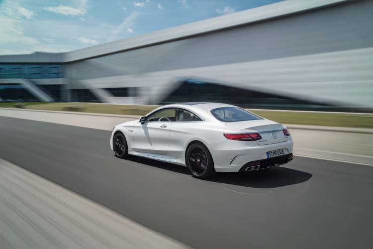 Mercedes-AMG-S63-Coupe-5