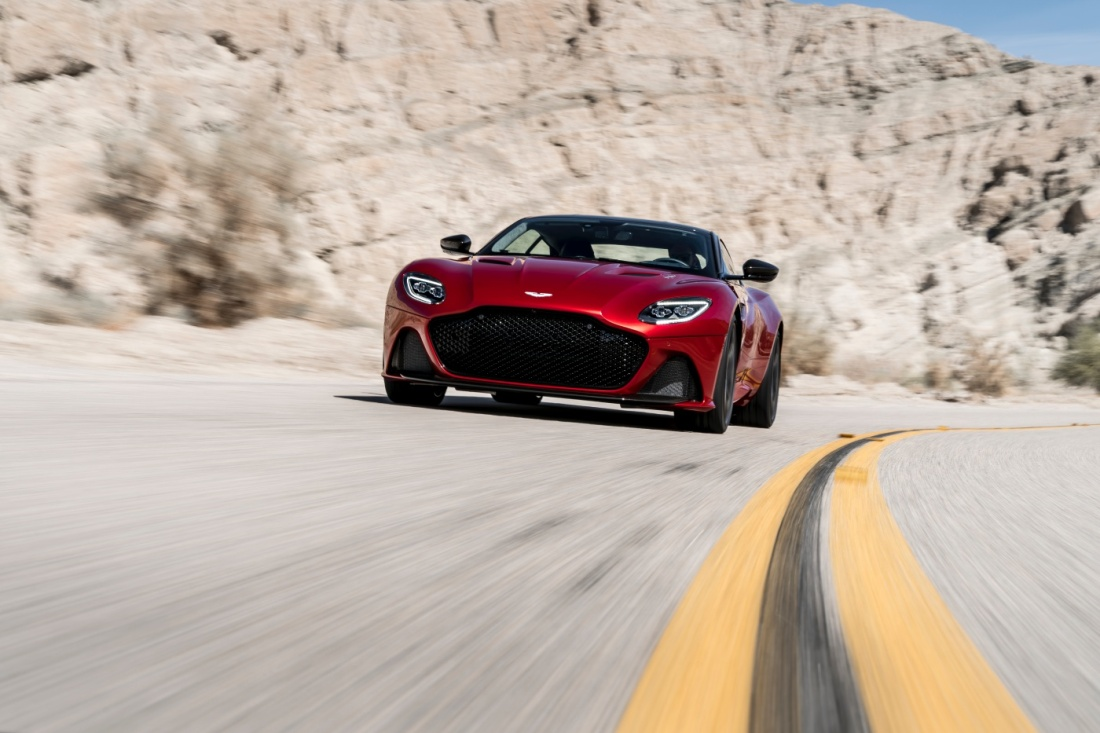 Aston-Martin-DBS-Superleggera-7