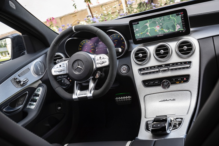 Mercedes-AMG-C-63-S-1