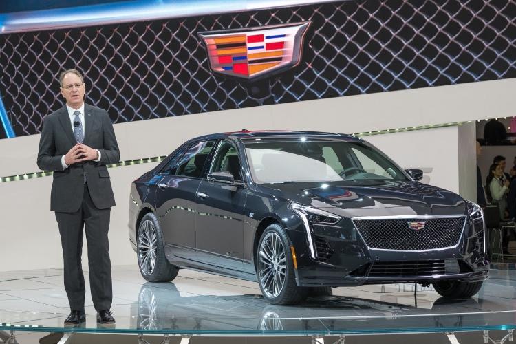 2019-Cadillac-CT6-V-2