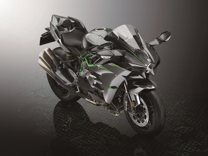 2019-Kawasaki-Ninja-H2-1