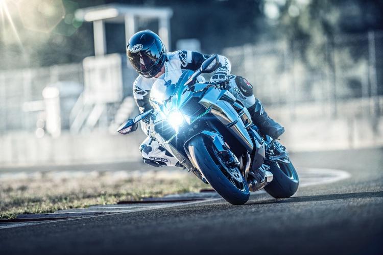 2019-Kawasaki-Ninja-H2-4