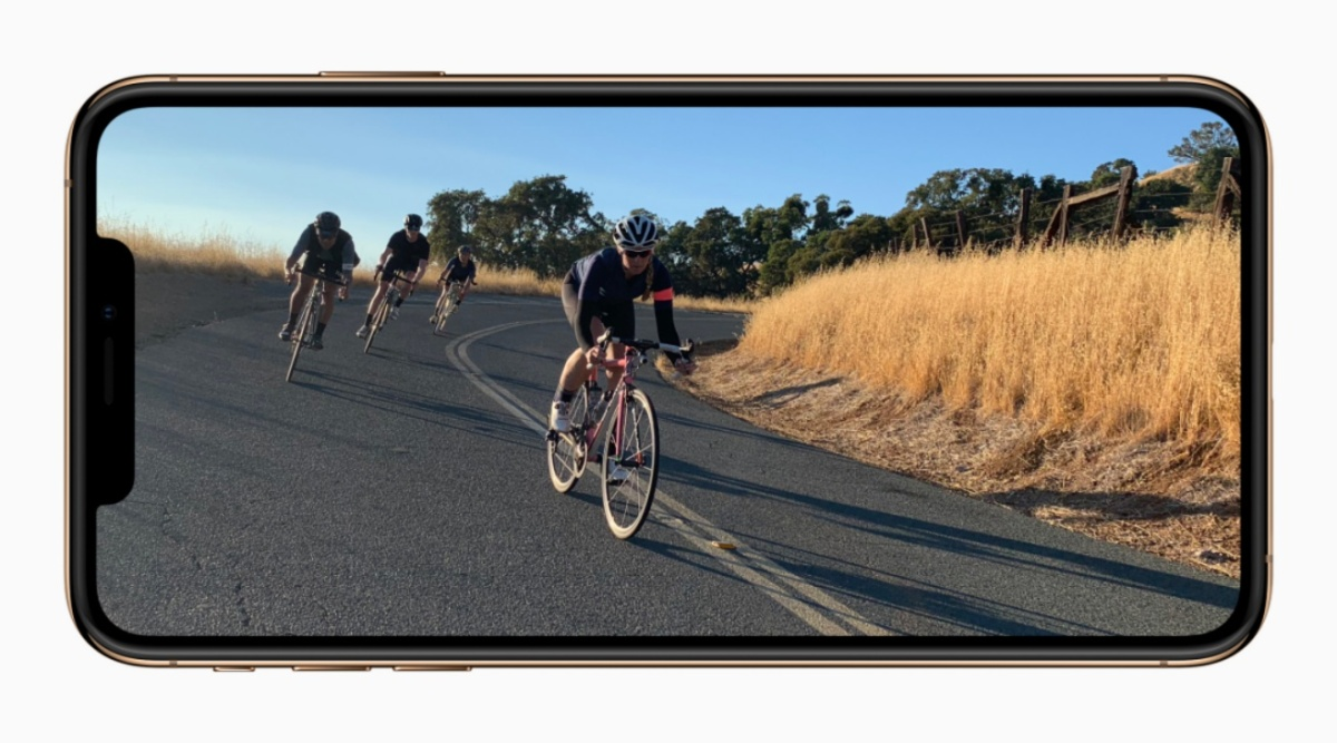 Apple-iPhone-XS-XS-Max-6