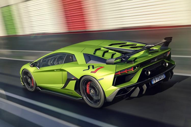 Lamborghini-Aventador-SVJ-4