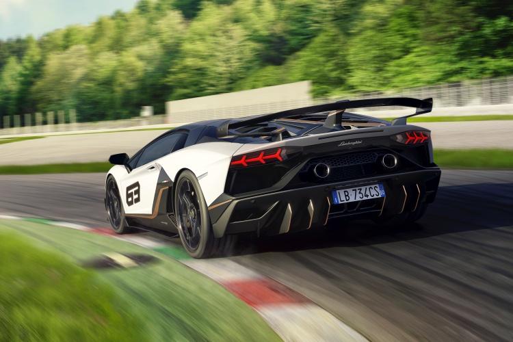 Lamborghini-Aventador-SVJ-6