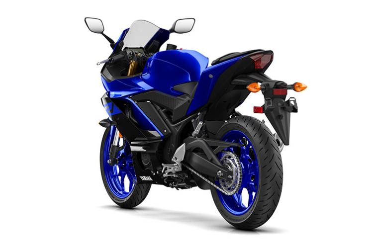 2019-Yamaha-YZF-R3-11