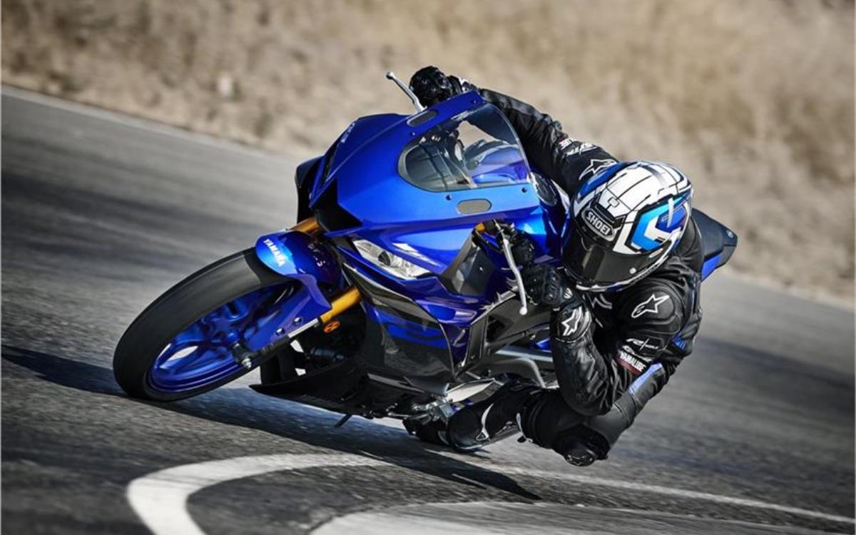 2019-Yamaha-YZF-R3-7