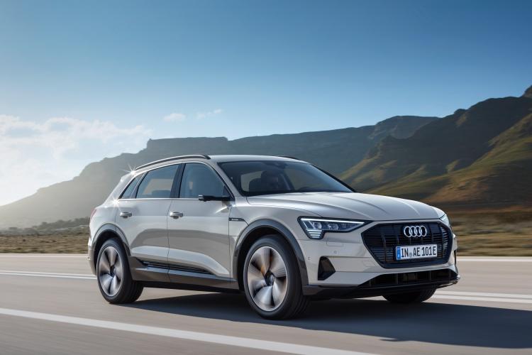 Audi-e-tron-11