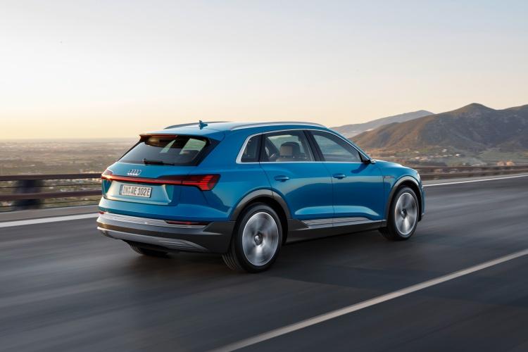 Audi-e-tron-2