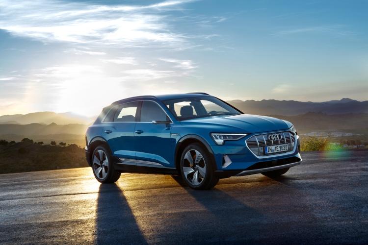 Audi-e-tron-7
