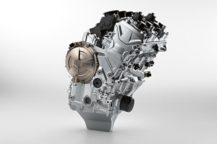 2019-BMW-S1000RR-4
