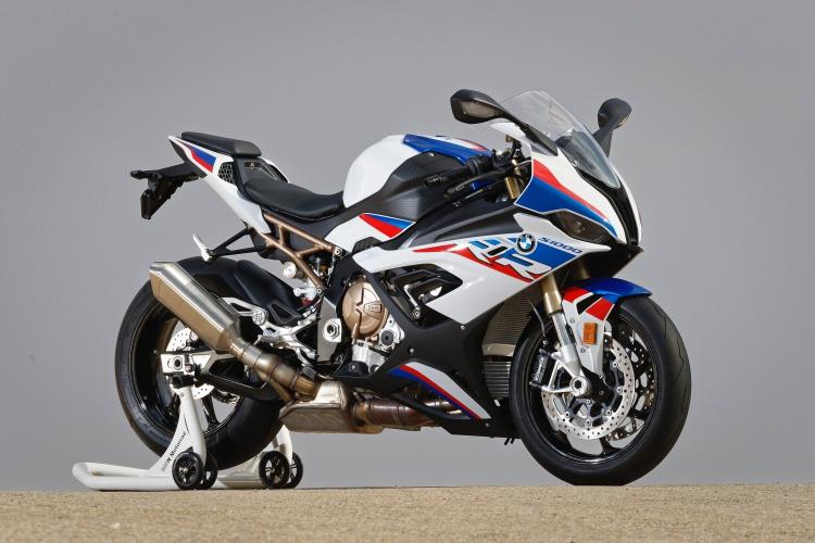 2019-BMW-S1000RR-5