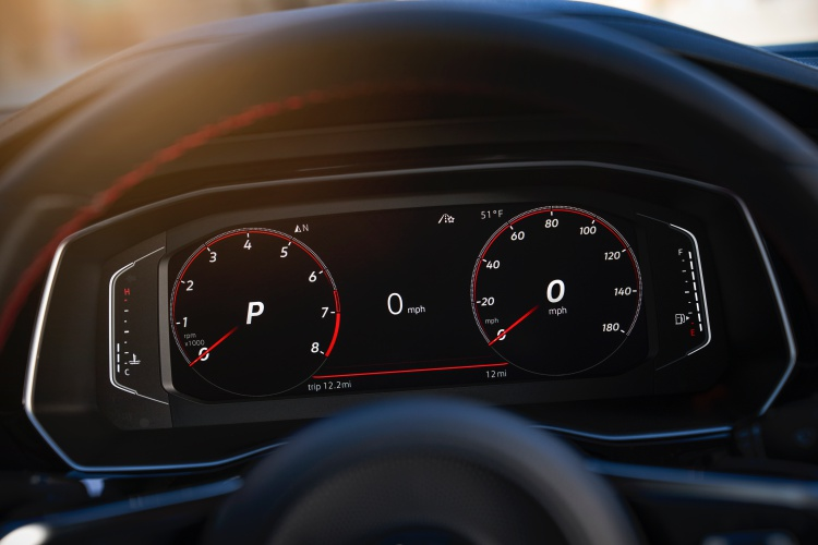 Volkswagen-Jetta-GLI-15
