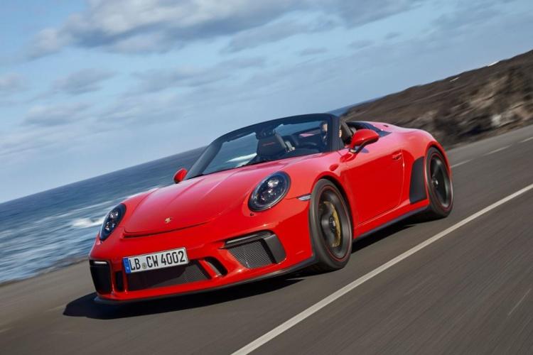 Porsche-911-Speedster-12