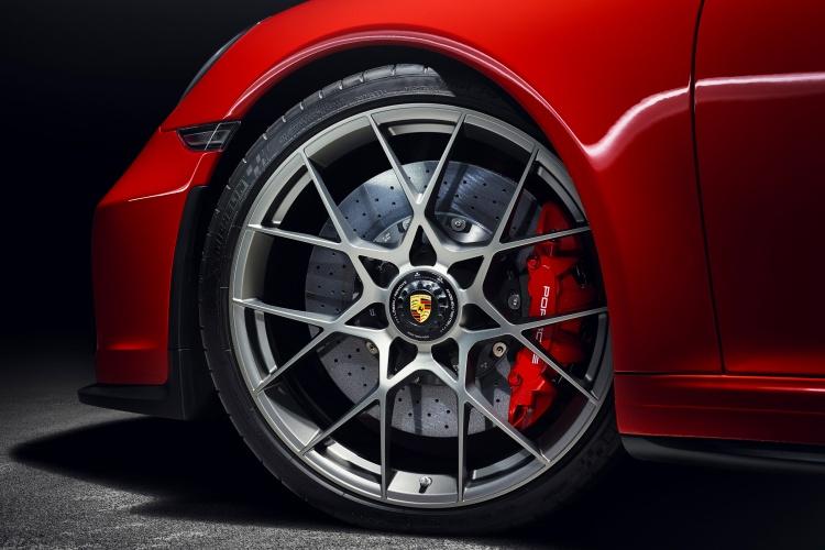 Porsche-911-Speedster-7