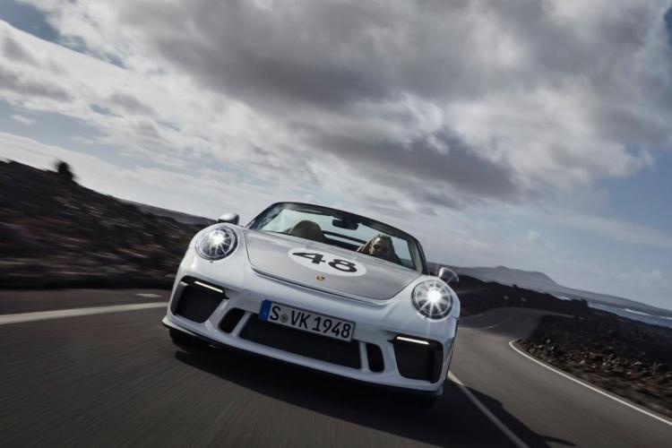 Porsche-911-Speedster-9