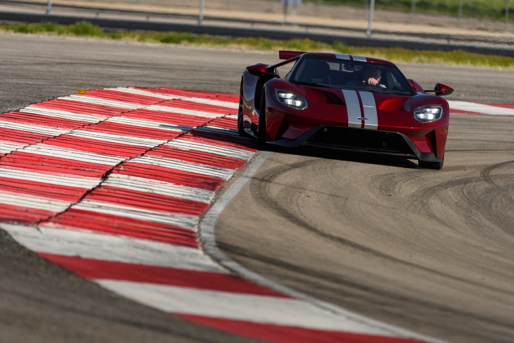 Ford-GT-33