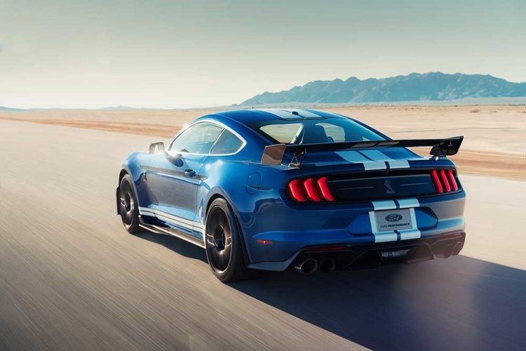 Shelby-GT500-15