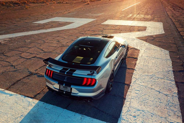 Shelby-GT500-24