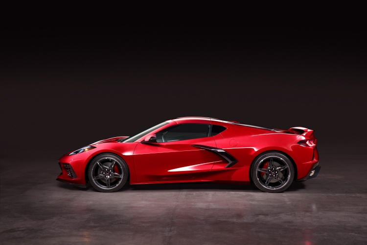 Chevrolet-Corvette-C8-Stingray-16