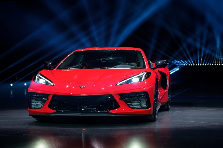 Chevrolet-Corvette-C8-Stingray-25