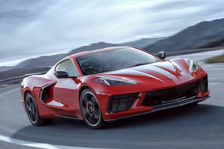 Chevrolet-Corvette-C8-Stingray-3