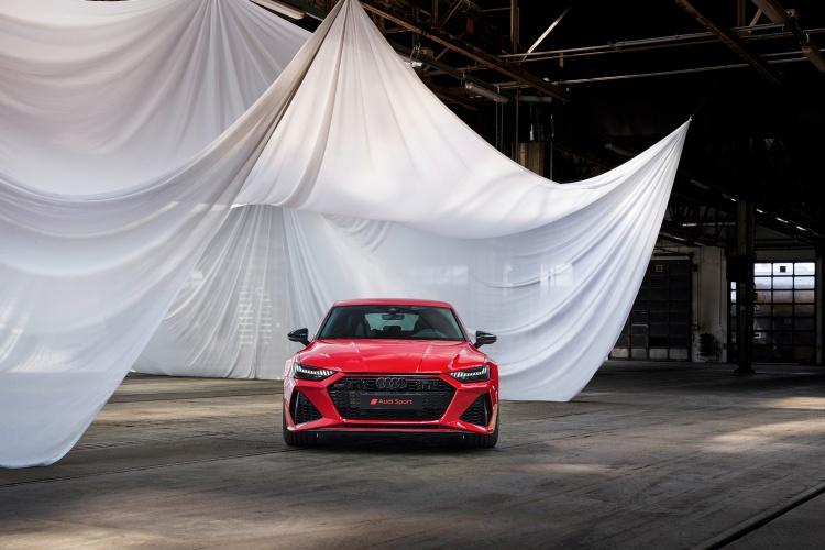 Audi-RS-7-Sportback-32