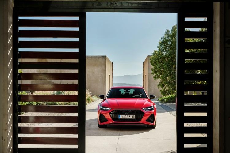 Audi-RS-7-Sportback-21