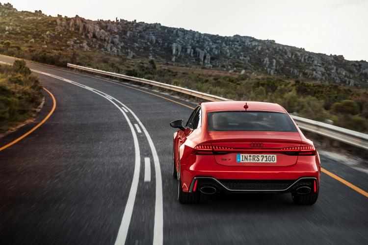 Audi-RS-7-Sportback-16