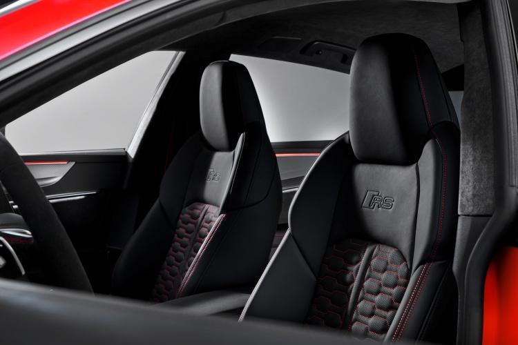 Audi-RS-7-Sportback-11
