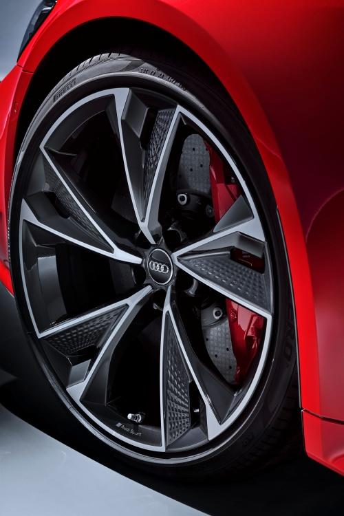 Audi-RS-7-Sportback-9