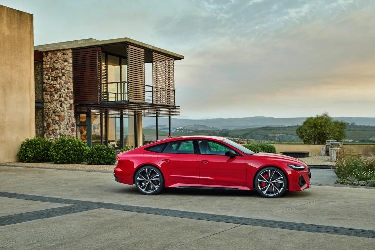 Audi-RS-7-Sportback-2