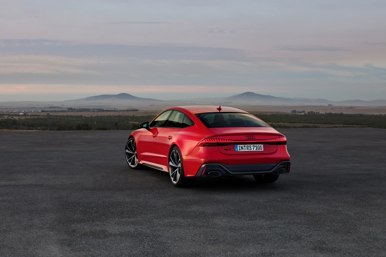 Audi-RS-7-Sportback-31