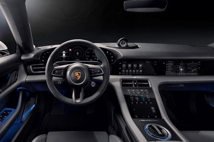 Porsche-Taycan-16