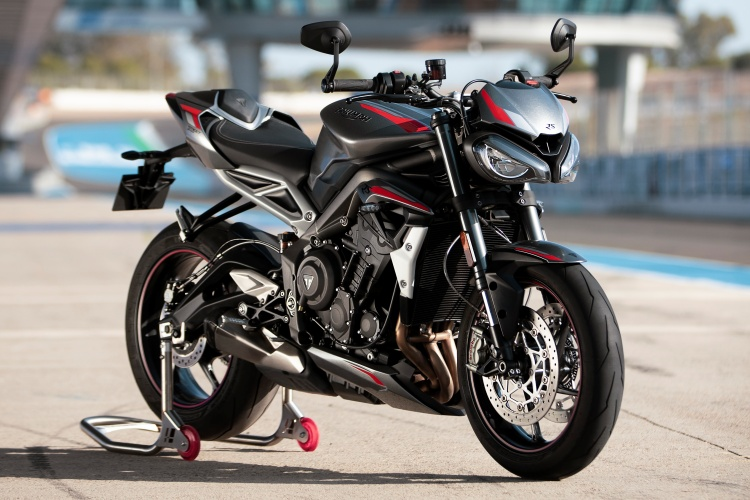 2020-Triumph-Street-Triple-RS-21