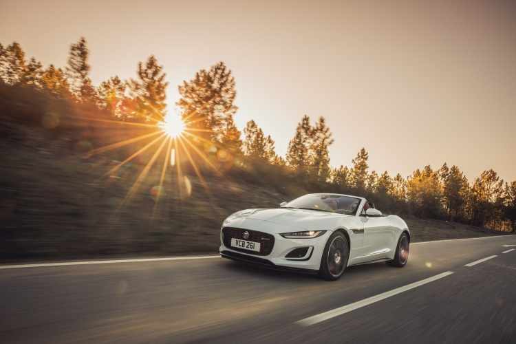 2020-Jaguar-F-Type-R-Dynamic-Exterior-Fuji-White-1