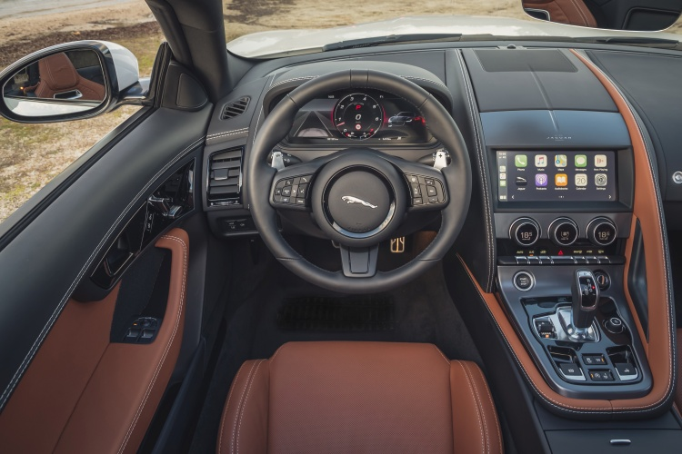 2020-Jaguar-F-Type-R-Dynamic-Interior-2