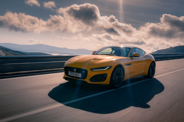 2020-Jaguar-F-Type-R-Exterior-Sorrento-Yellow-20