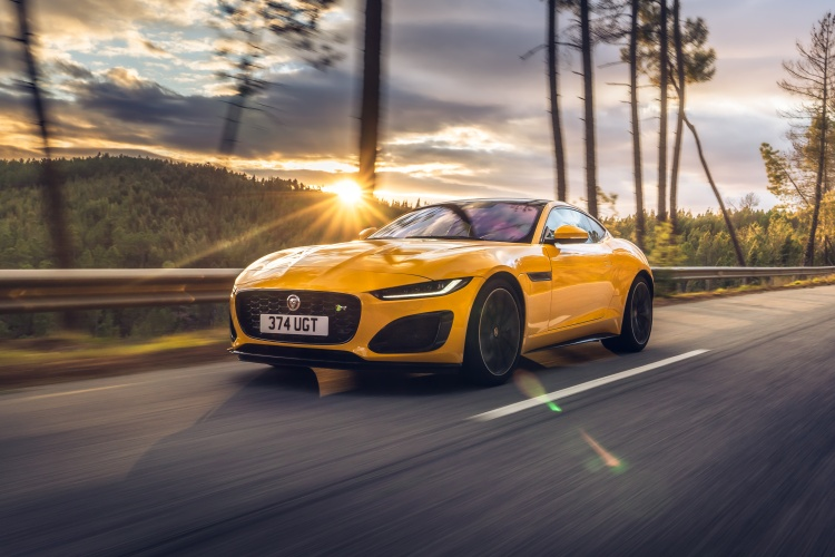 2020-Jaguar-F-Type-R-Exterior-Sorrento-Yellow-22