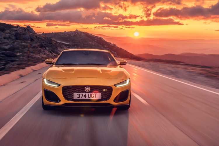2020-Jaguar-F-Type-R-Exterior-Sorrento-Yellow-24