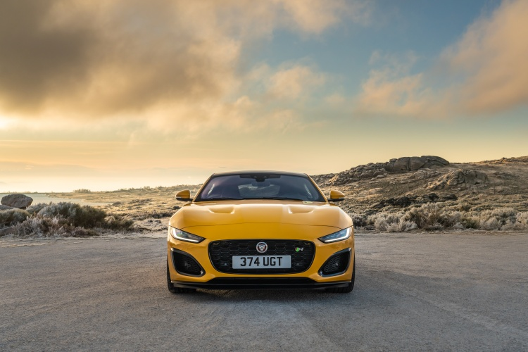 2020-Jaguar-F-Type-R-Exterior-Sorrento-Yellow-4