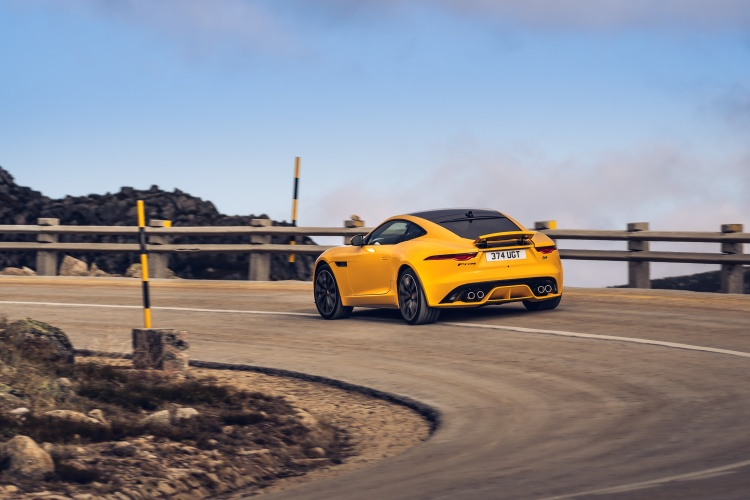 2020-Jaguar-F-Type-R-Exterior-Sorrento-Yellow-5