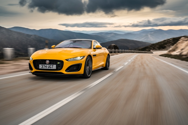 2020-Jaguar-F-Type-R-Exterior-Sorrento-Yellow-8