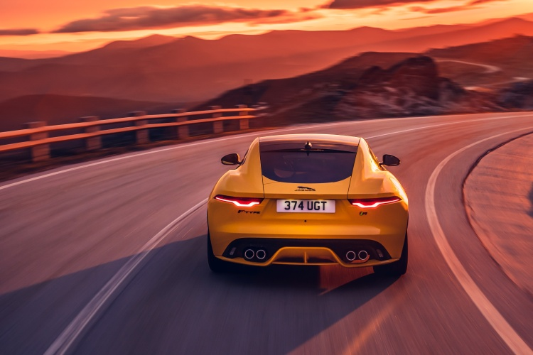 2020-Jaguar-F-Type-R-Exterior-Sorrento-Yellow-9