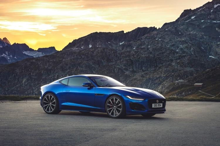 2020-Jaguar-F-Type-R-Exterior-Velocity-Blue-8