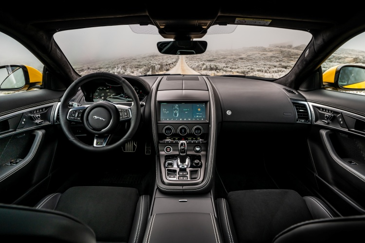 2020-Jaguar-F-Type-R-Interior-Full